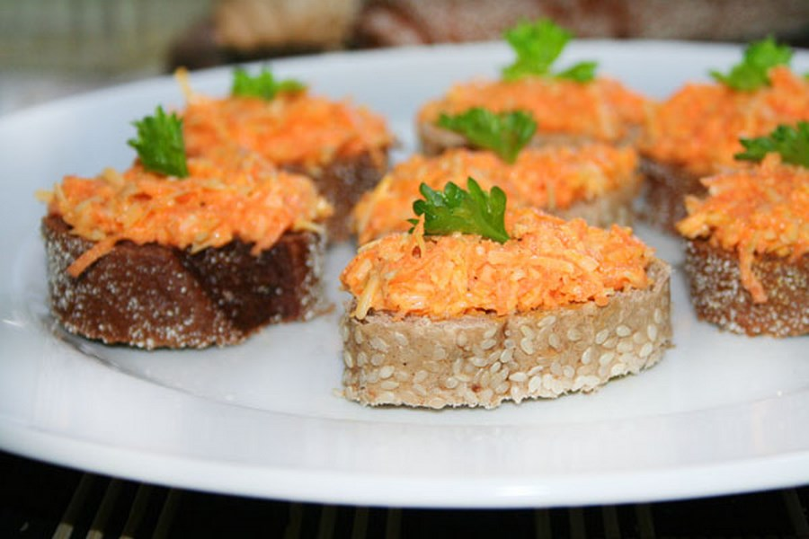 buterbrody s morkovju