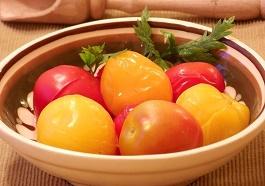 marinovannye pomidory kak prigotovit